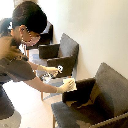 待合室椅子の消毒