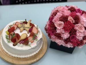美里歯科 スタッフの誕生日のお祝い